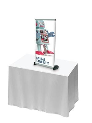 Roll-up til bordformat kommer i 2 størrelser og nem og praktisk at anvende