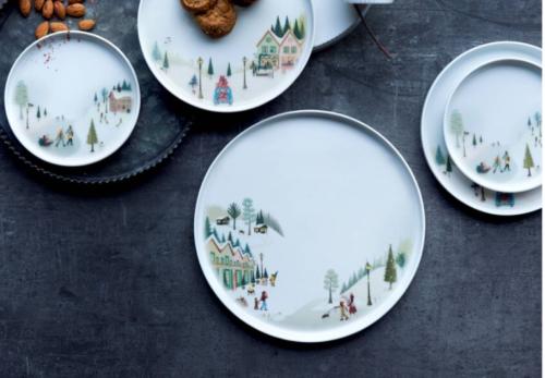 Pillivuyt ny serie Vinter tallerken.Vinter er Pillivuyts hyggelige stel, som både kan bruges til juleborde og andre festlige lejligheder