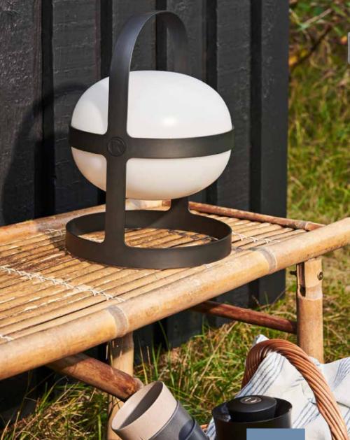 Rosendahl soft spot solar, Uanset om vi er indendørs eller udendørs, på terrassen, bogreolen, eller hvor du ønsker en hyggelig belysning